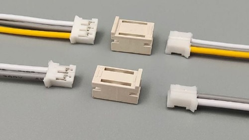 连接器是电子设备中不可或缺的零部件